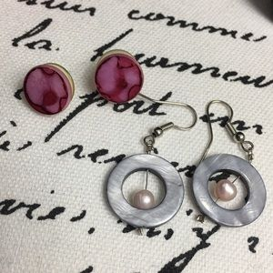 Jewelry - Shell and Pearl Earring Lot